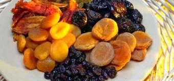 Сухофрукты мгновенно решают проблемы пищеварения