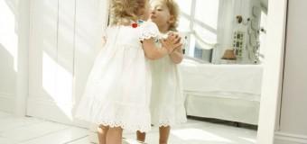 Почему некоторые дети до шести лет не узнают себя в зеркале?