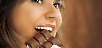 Учёные не советуют исключать из рациона любимые продукты во время диеты