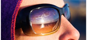 Чрезмерное воздействие солнечного света приводит к катаракте