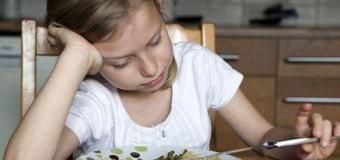 Принудительное питание не приносит никакой пользы детям
