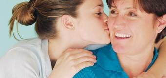 Физический контакт с близким человеком помогает избавиться от стресса