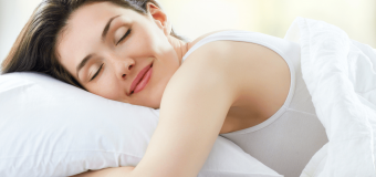 Супруги всё чаще спят в разных спальнях, показал опрос
