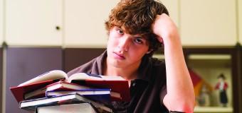 Подростки лучше взрослых запоминают информацию