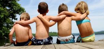 У людей с высоким социальным статусом меньше друзей за рубежом