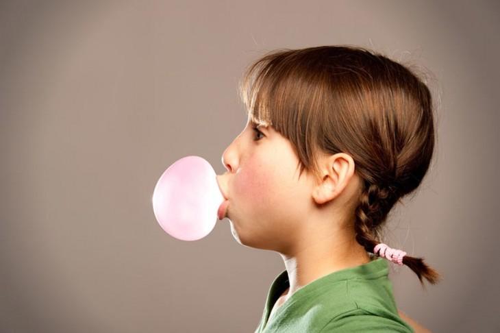 Chewing-gum-bon-ou-mauvais-pour-la-memoire