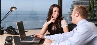 Психологи советуют женщинам влюбляться в коллег