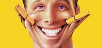 Люди улыбаются в ответ лишь тем, кто стоит ниже по социальной лестнице