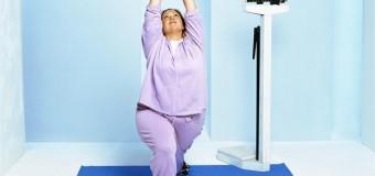 Американка разработала курс йоги специально для полных женщин