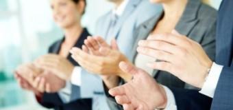 Комплименты в стрессовой ситуации повышают продуктивность работников